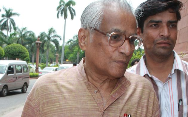 George Fernandes, Former Defence Minister, Dies Aged