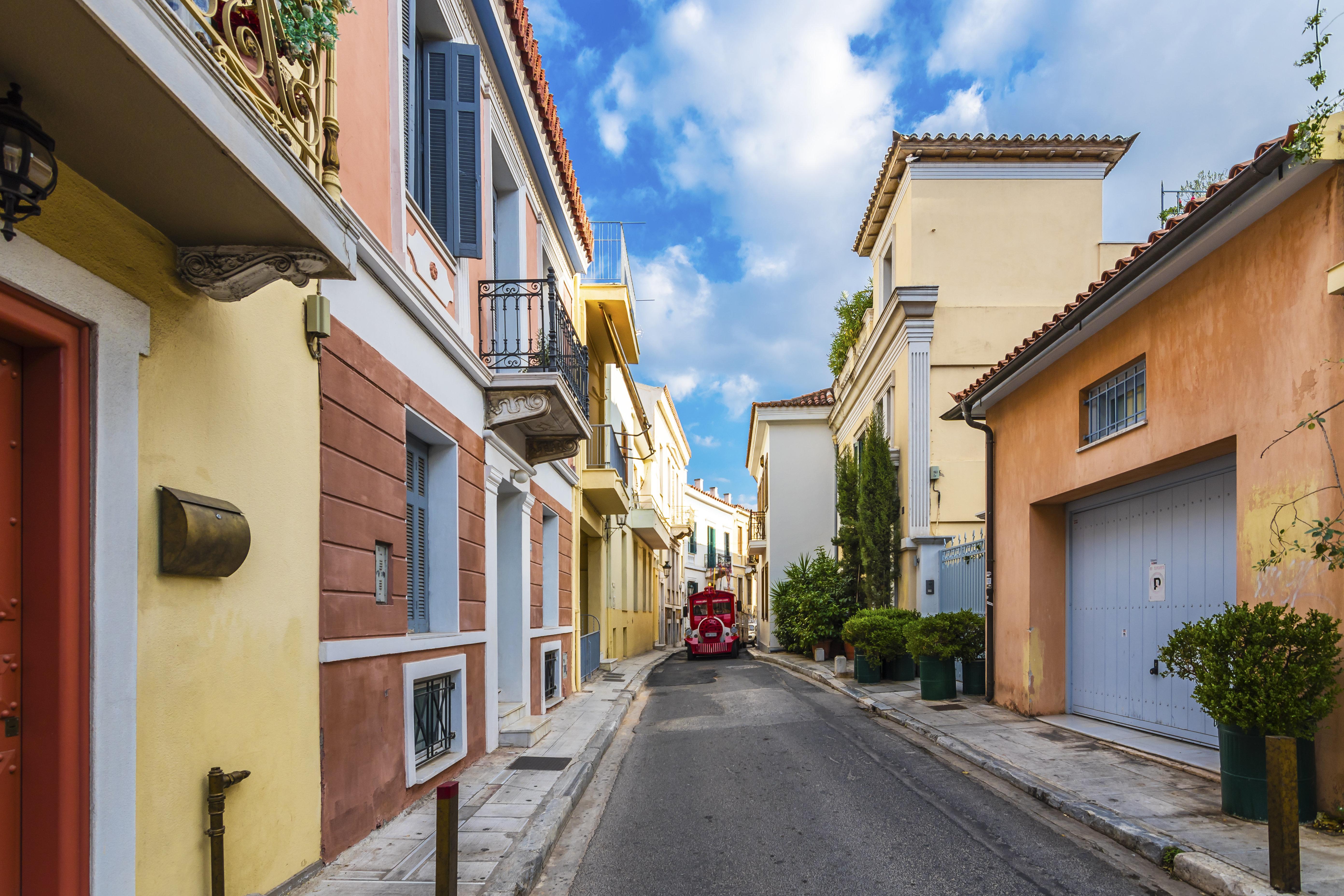 Airbnb: Οι τοπ γειτονιές της Αθήνας στη μίσθωση σπιτιών