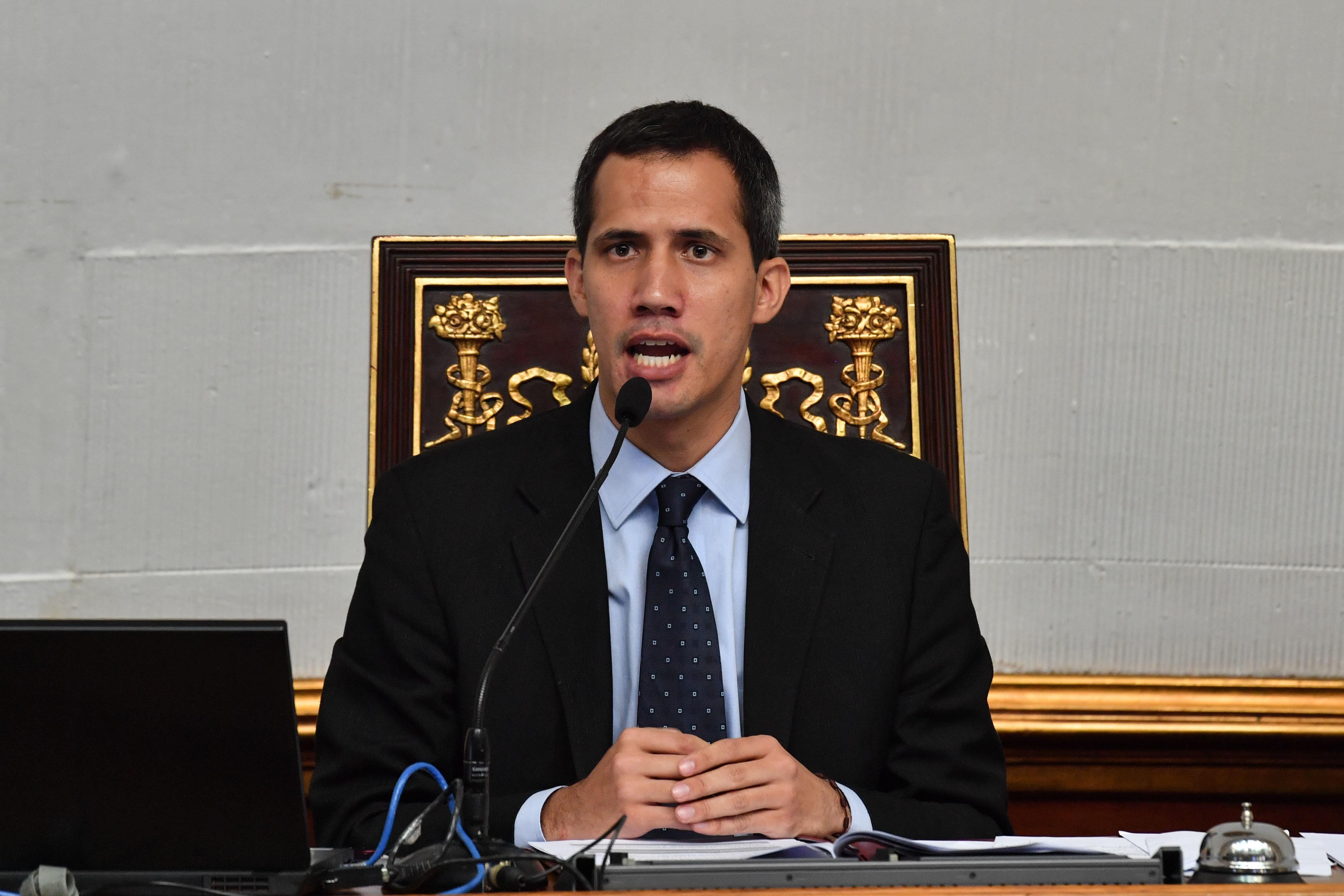 미국이 베네수엘라 야권 지도자 과이도에게 은행 계좌를