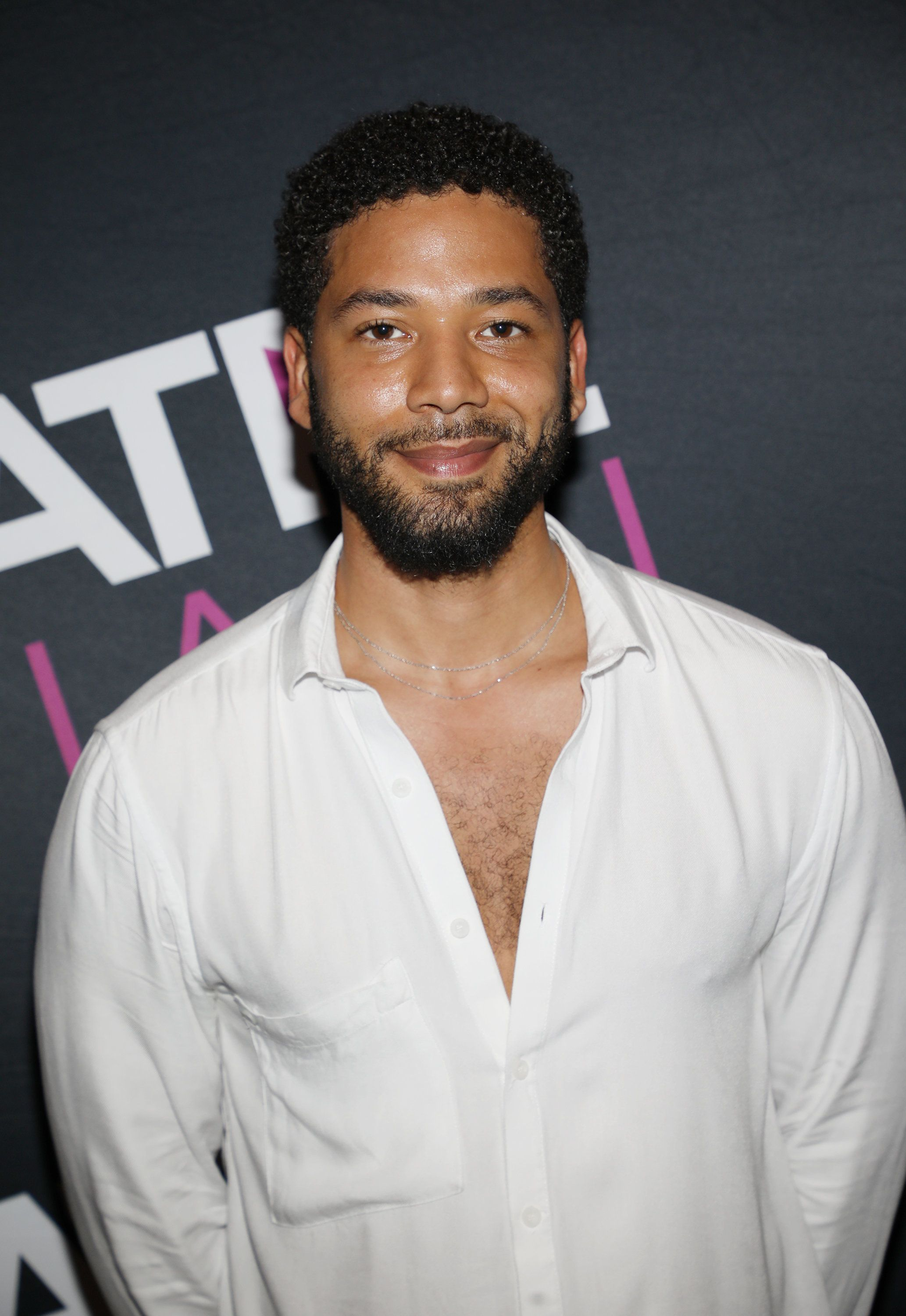 L'agression de Jussie Smollet, acteur noir et ouvertement gay, provoque un torrent