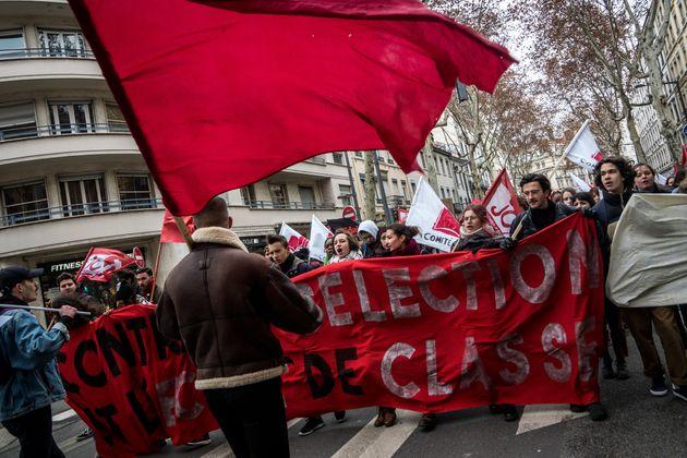 Des universités françaises n'appliqueront pas l'augmentation d'inscription pour les