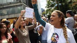 Συλλήψεις και απελάσεις δημοσιογράφων στην