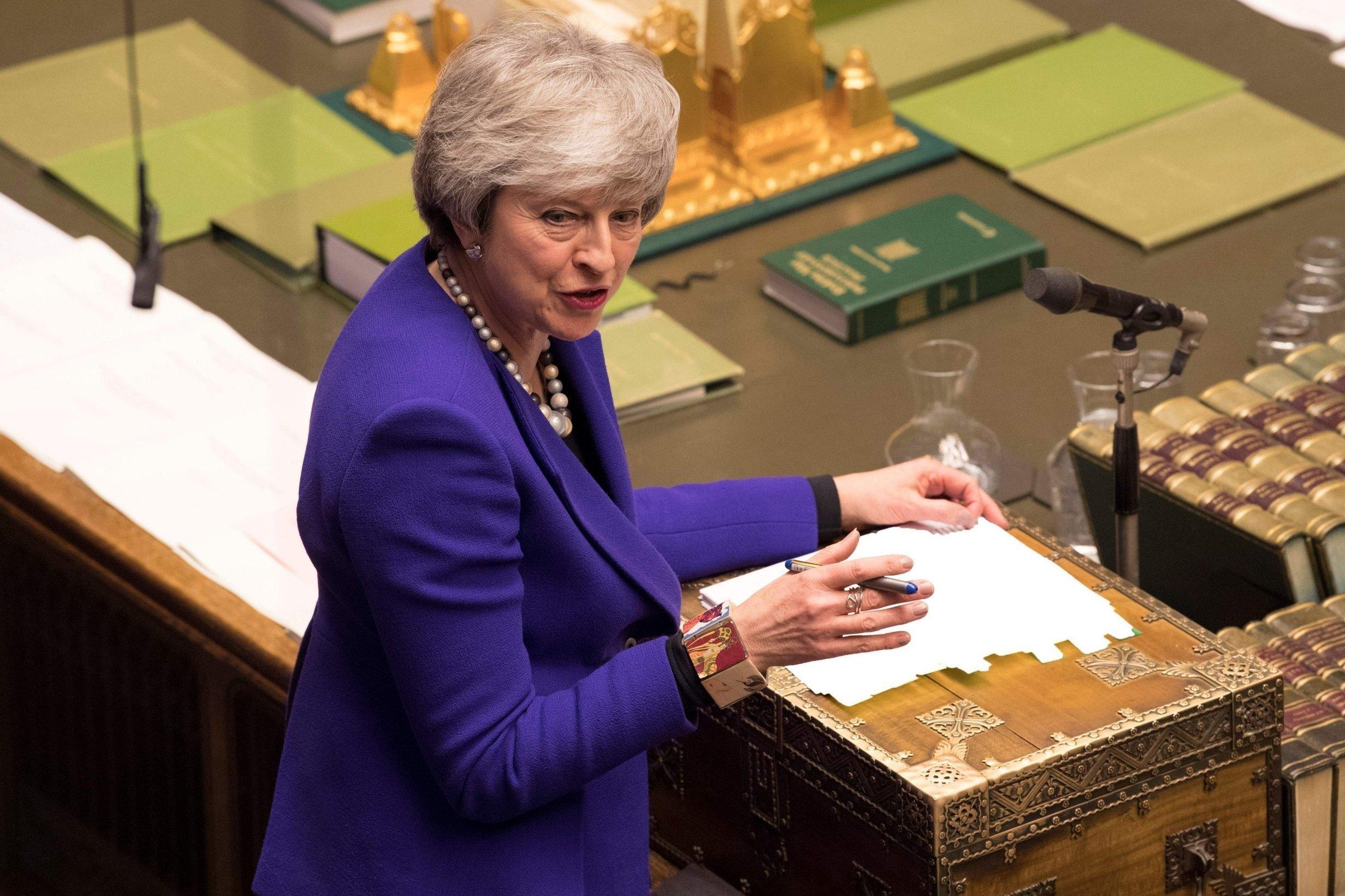 Brexit: Kurz herrschte Ruhe bei den Tories – nun werfen Hardliner May einen