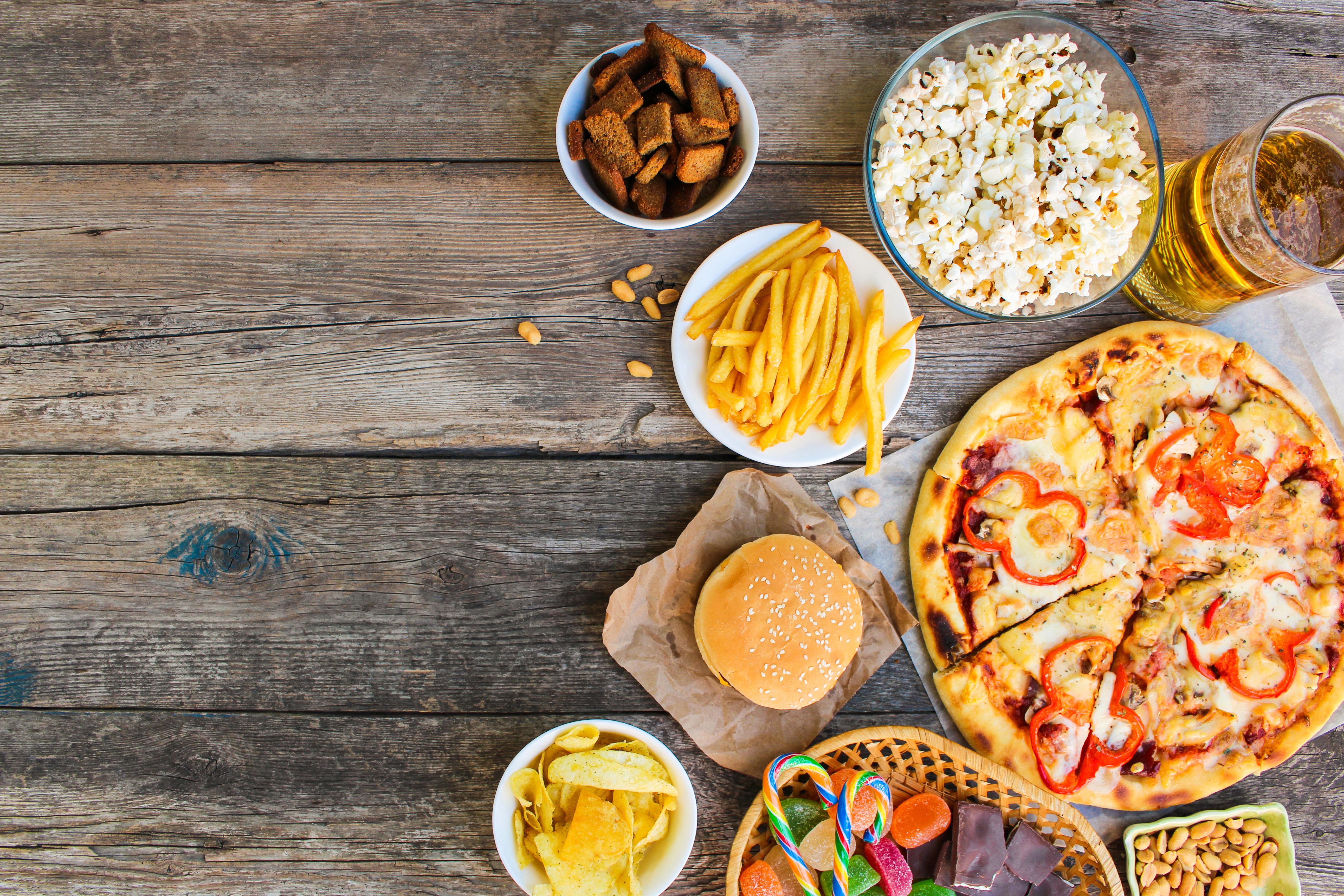 Manger beaucoup et gras ne vous aidera pas à mieux passer