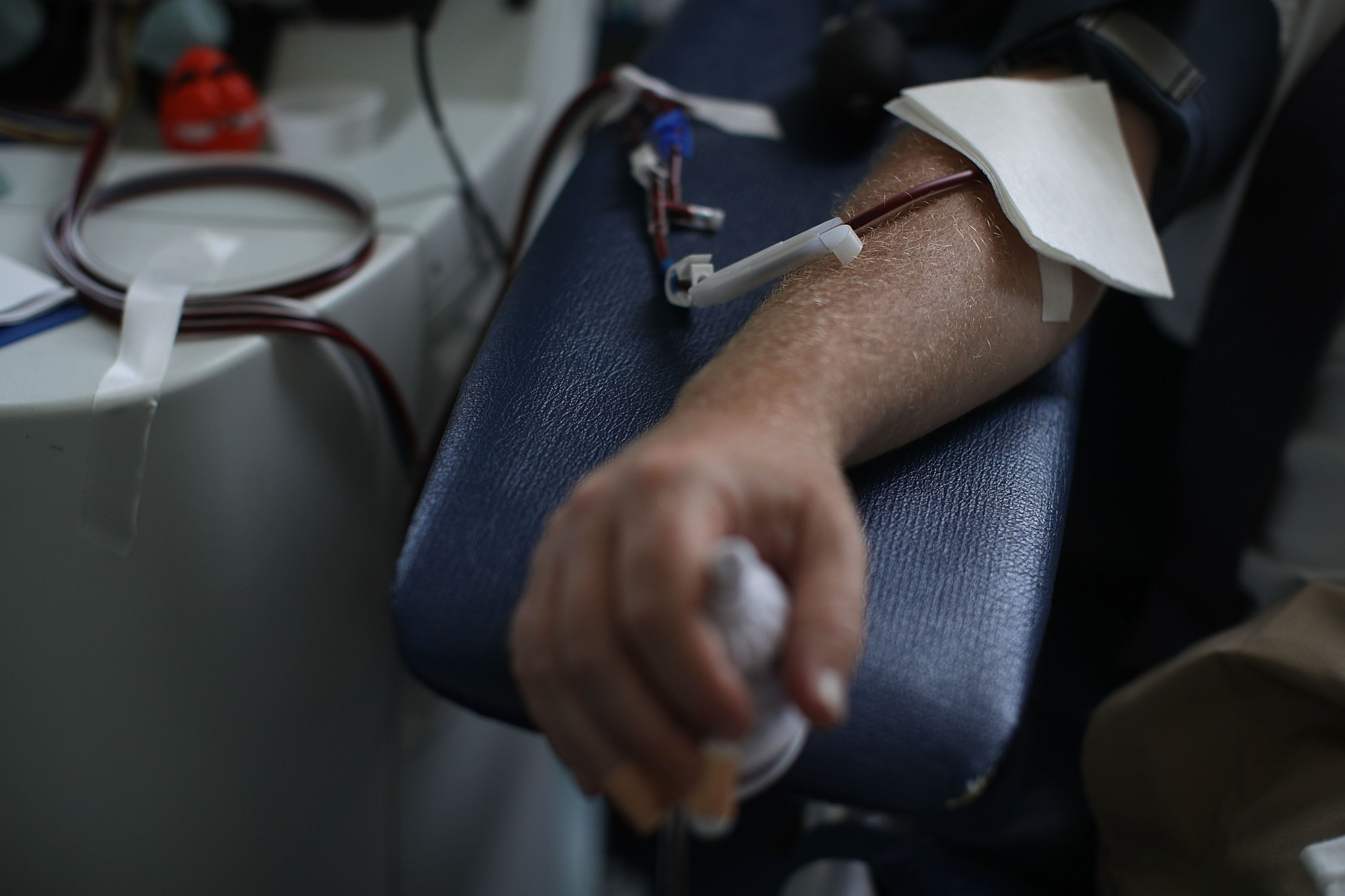 WASHINGTON, DC - JUNE 20:  A congressional staff donates his blood during a blood drive June 20, 2017 on Capitol Hill in Washington, DC. House Chief Deputy Majority Whip Patrick McHenry, INOVA Blood Services and the American Red Cross held a blood drive in support of Majority Whip Steve Scalise and others wounded in last Wednesday's Alexandria shooting.  (Photo by Alex Wong/Getty Images)