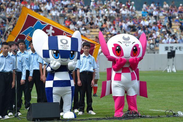도쿄 올림픽 자원봉사자의 애칭에 일본인들이 난감해 하고