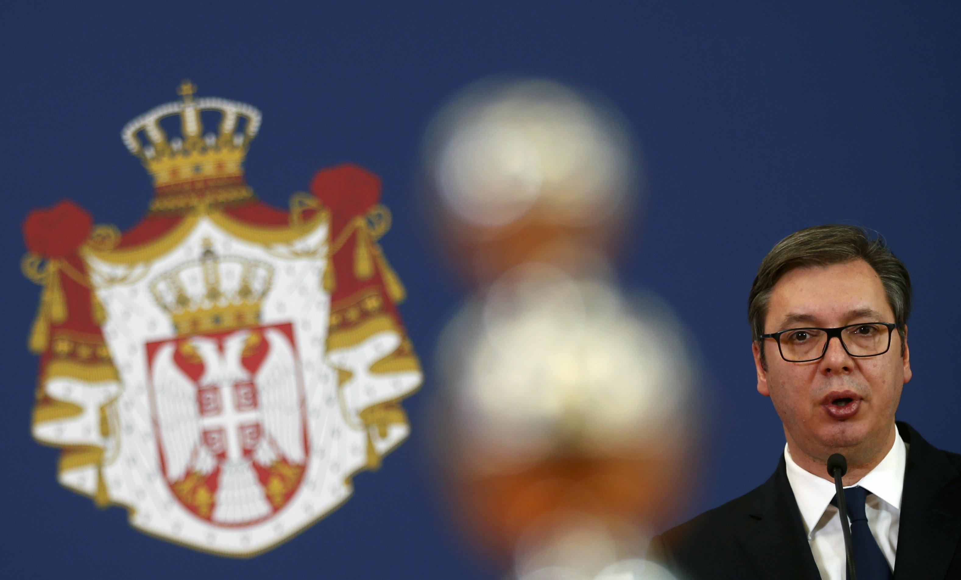 Ο Βούτσιτς καλεί Τραμπ για την επίλυση της διένεξης με το