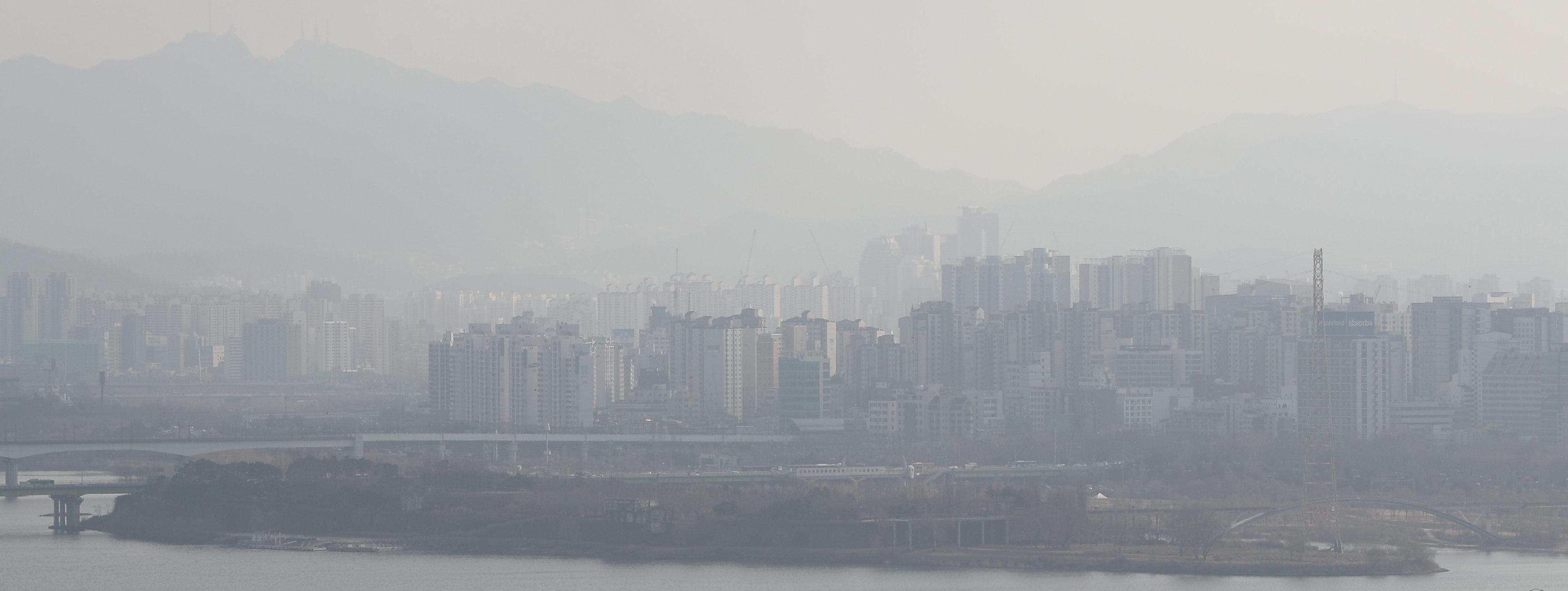 서울 내부에서도 초미세먼지 '나쁨' 발생 현황 차이가