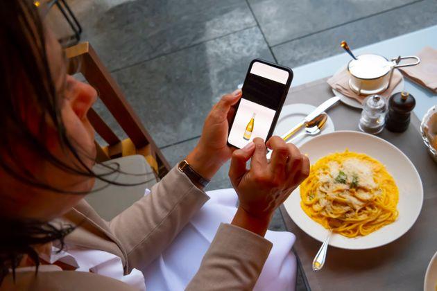 As perguntas de comida mais buscadas no Google pelos brasileiros e agora