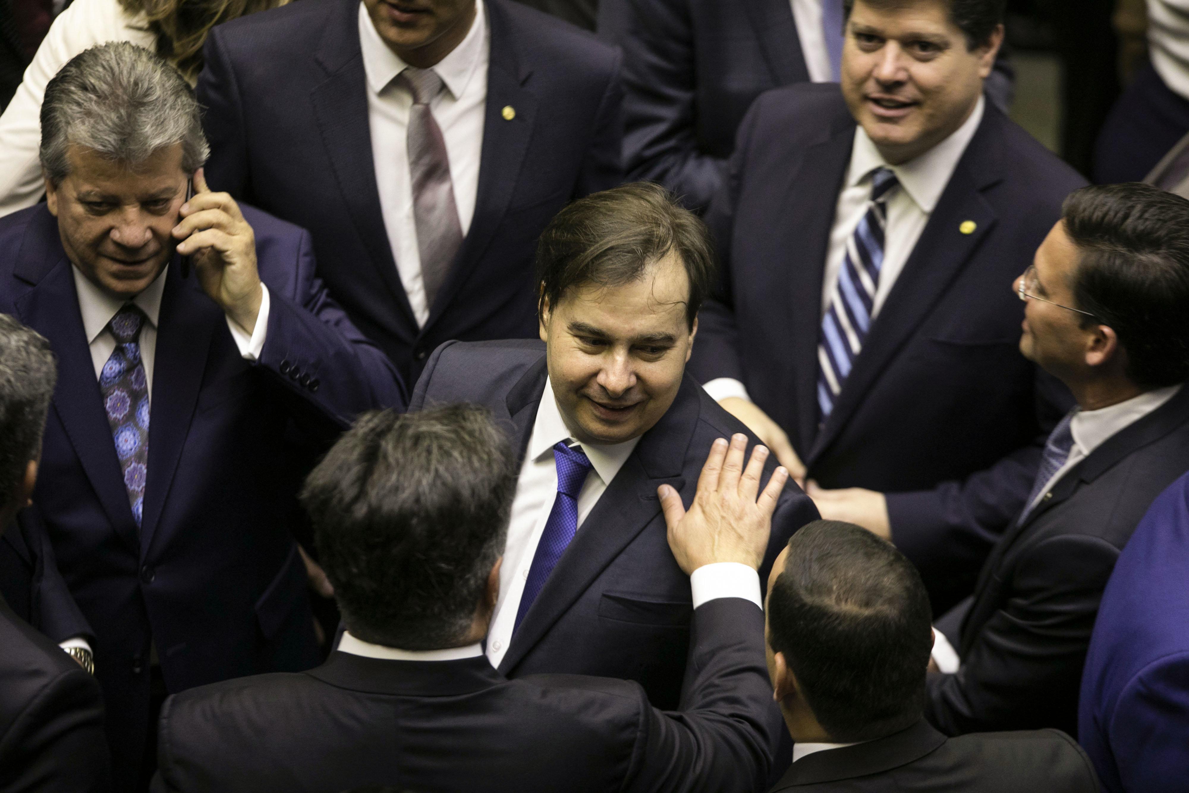 Chapa de Maia considera bloco da oposição e prevê cargos para PDT, PSB e