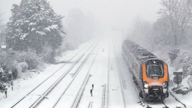 Snow And Ice Weekend Warnings As Bitter Weather Blasts