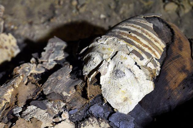 Μούμιες ηλικίας άνω των 2.000 ετών και αγνώστου ταυτότητας ανακαλύφθηκαν στην