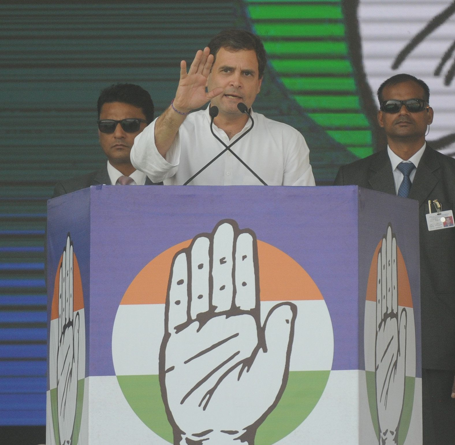 Rahul Gandhi Calls Mamata Banerjee To Extend
