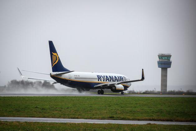 Ryanair Reports 20 Million Euro Third-Quarter