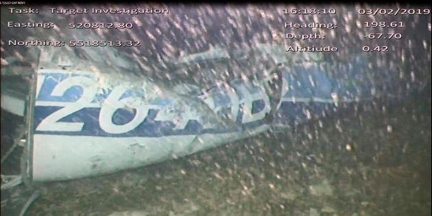 Βρέθηκε πτώμα στα συντρίμμια του αεροσκάφους του Εμιλιάνο