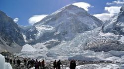 Ιμαλάια: Μέχρι το 2100 θα έχει λιώσει το 1/3 των