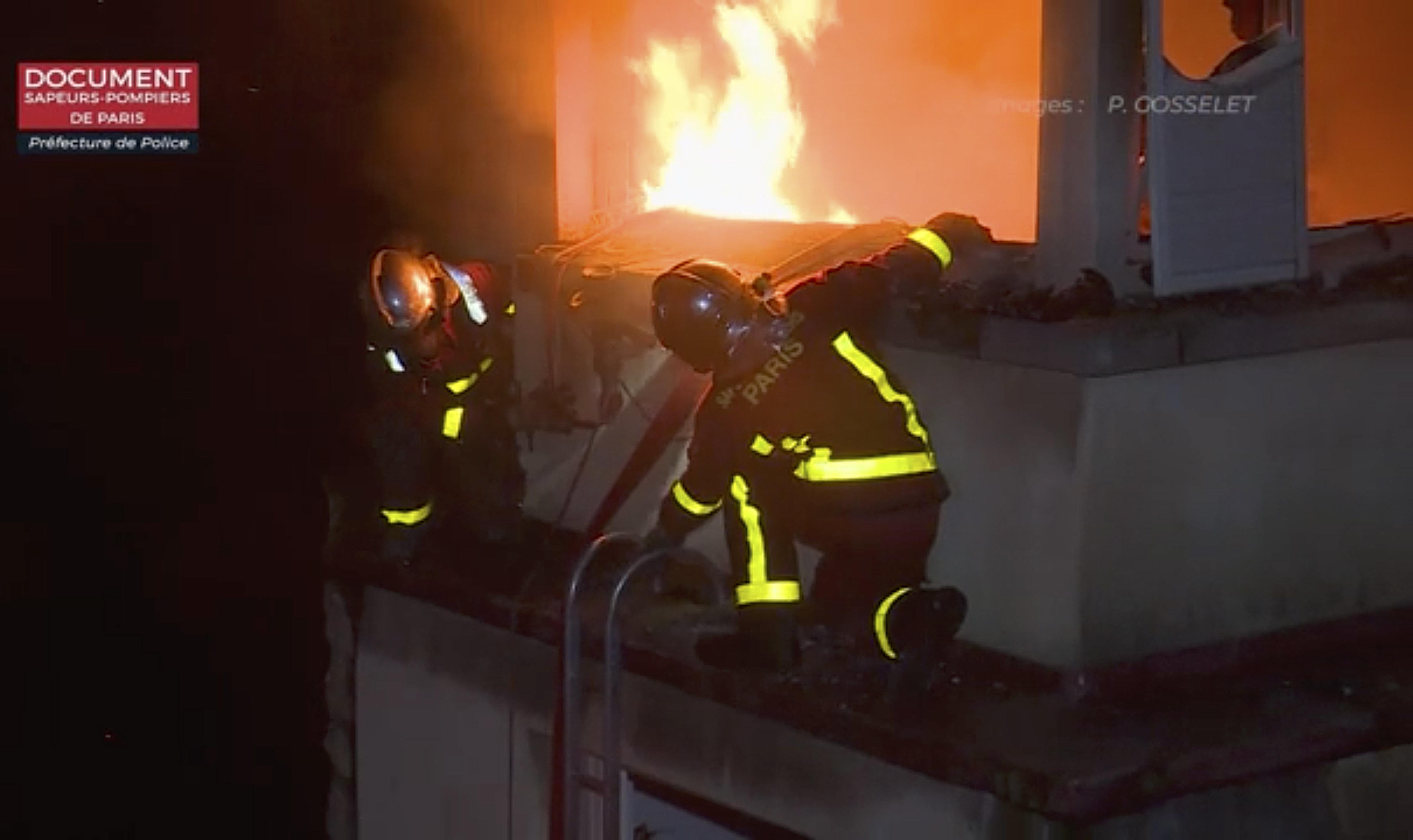 파리 빌딩서 화재 8명 사망 30명 부상