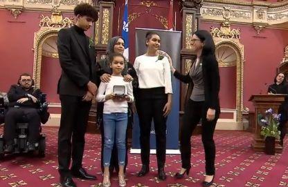 Deux victimes de l'attaque de la mosquée récompensées pour leur bravoure — Québec