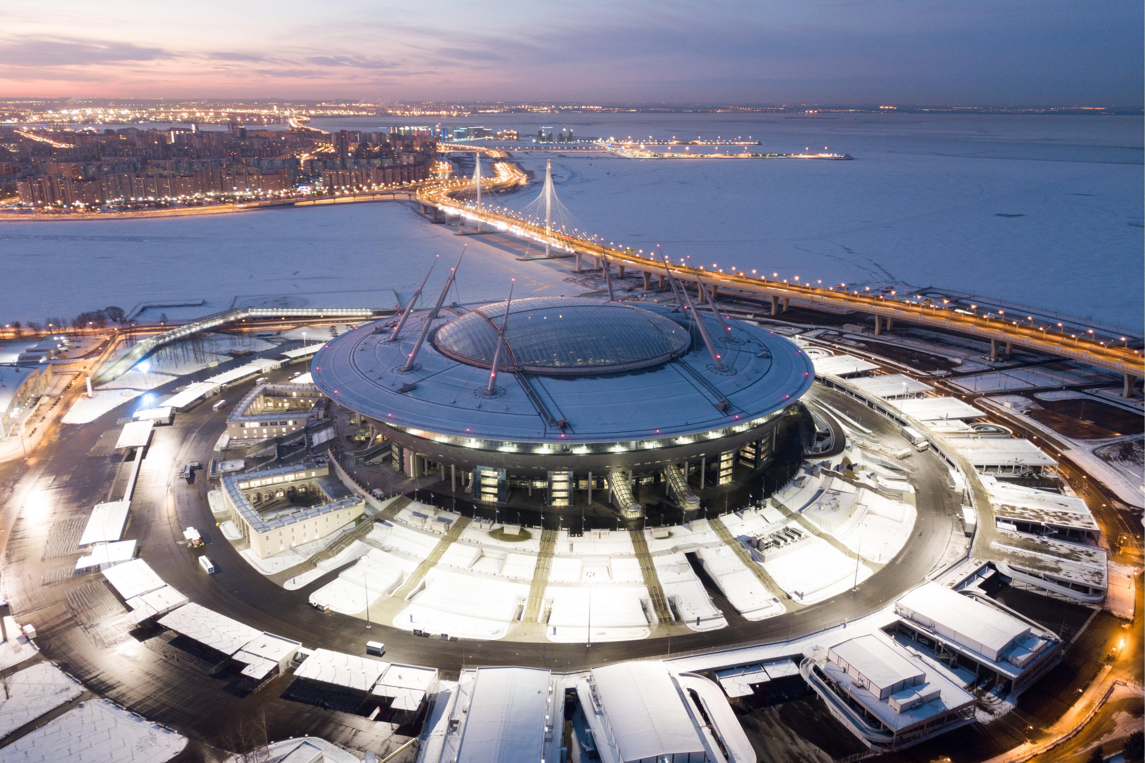 Six mois après le Mondial, les nouveaux stades russes font le