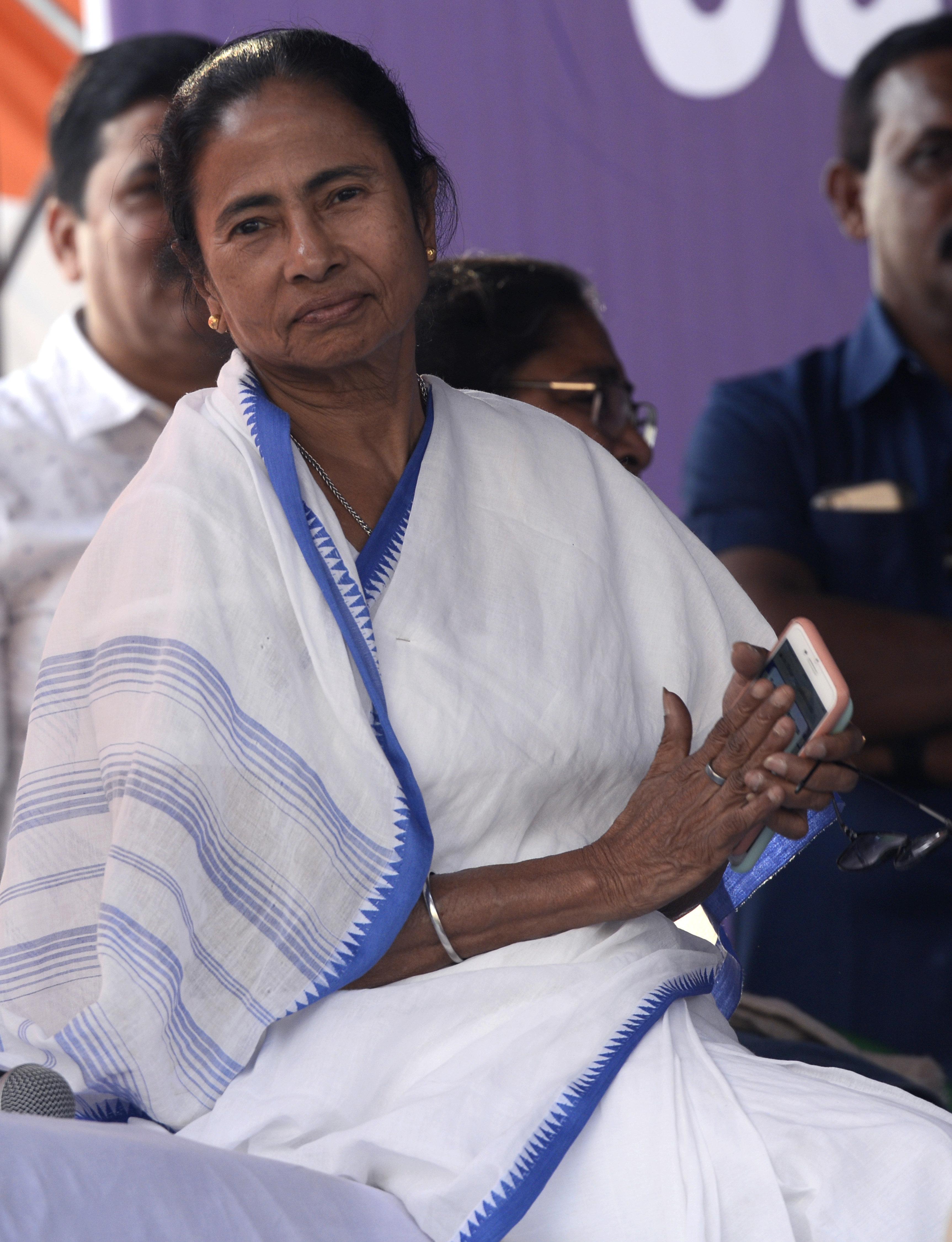 Mamata Banerjee Ends Three-Day Long Dharna, Calls SC Order