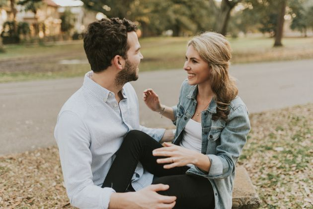 Amy Schumer Crashing This Couple's Engagement Shoot Is Extremely On