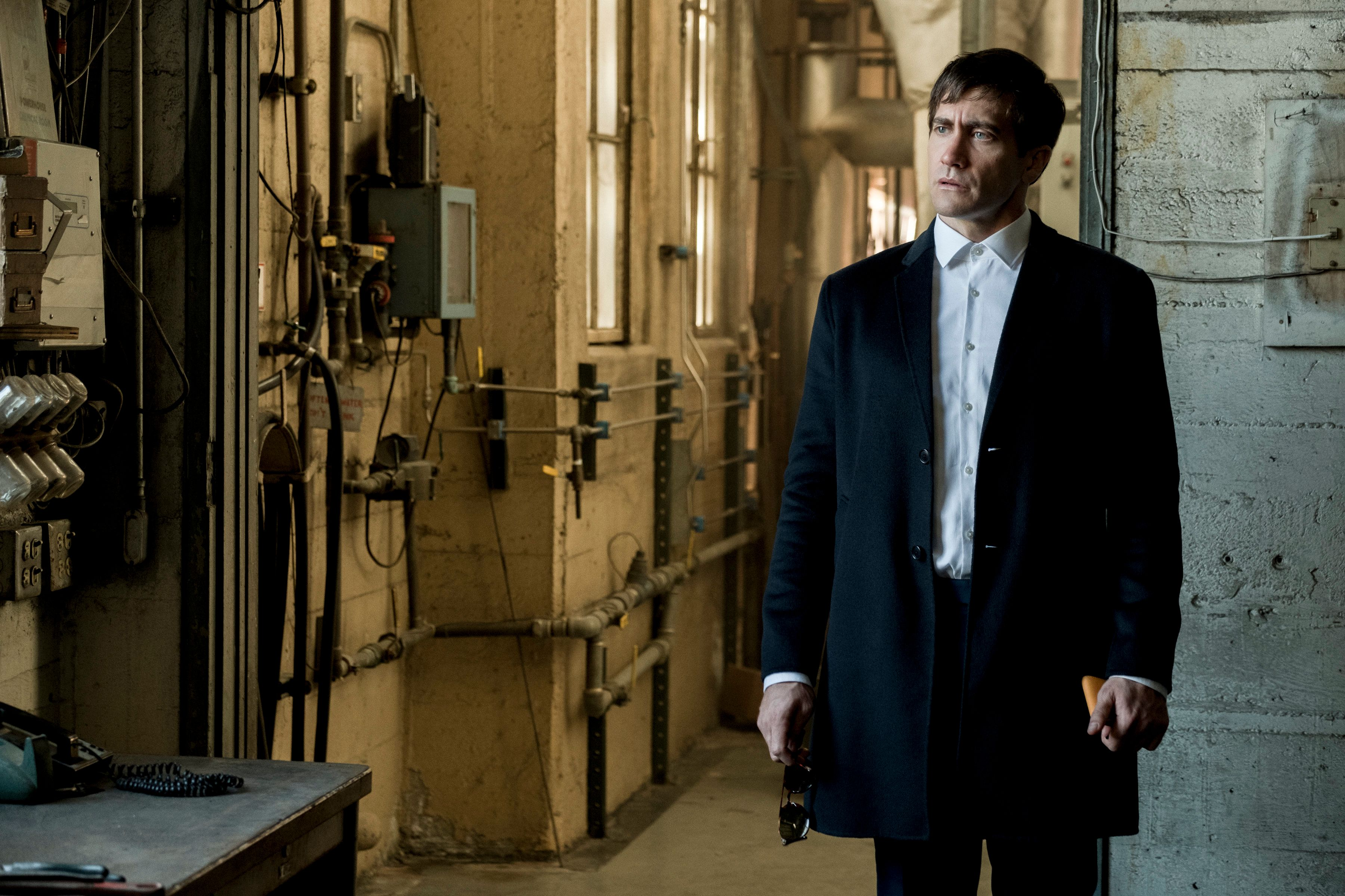 "Gyllenhaal in ""Velvet Buzzsaw."""