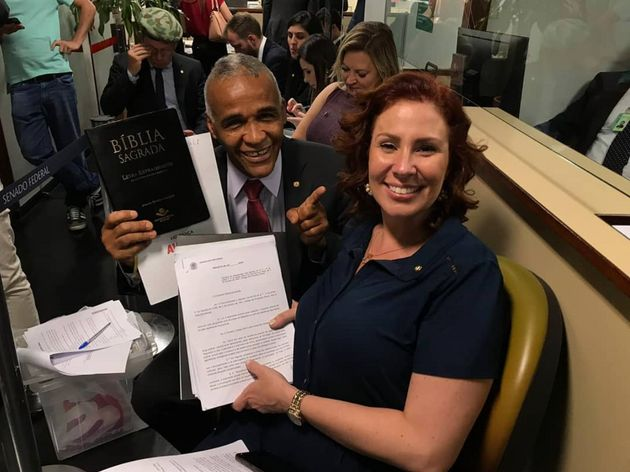 A deputada Carla Zambelli (PSL-SP) e o deputado Sargento Isidório (Avante-BA) foram os primeiros...