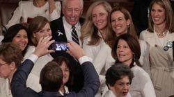 [트럼프 국정연설] 미국 민주당 여성 의원들이 흰 옷을 입은