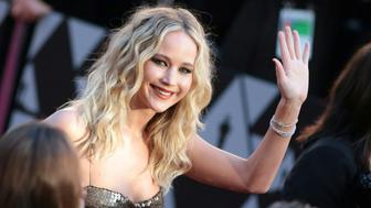 TOPSHOT - Actress Jennifer Lawrence arrives for the 90th Annual Academy Awards on March 4, 2018, in Hollywood, California. (Photo by Kyle GRILLOT / AFP)        (Photo credit should read KYLE GRILLOT/AFP/Getty Images)