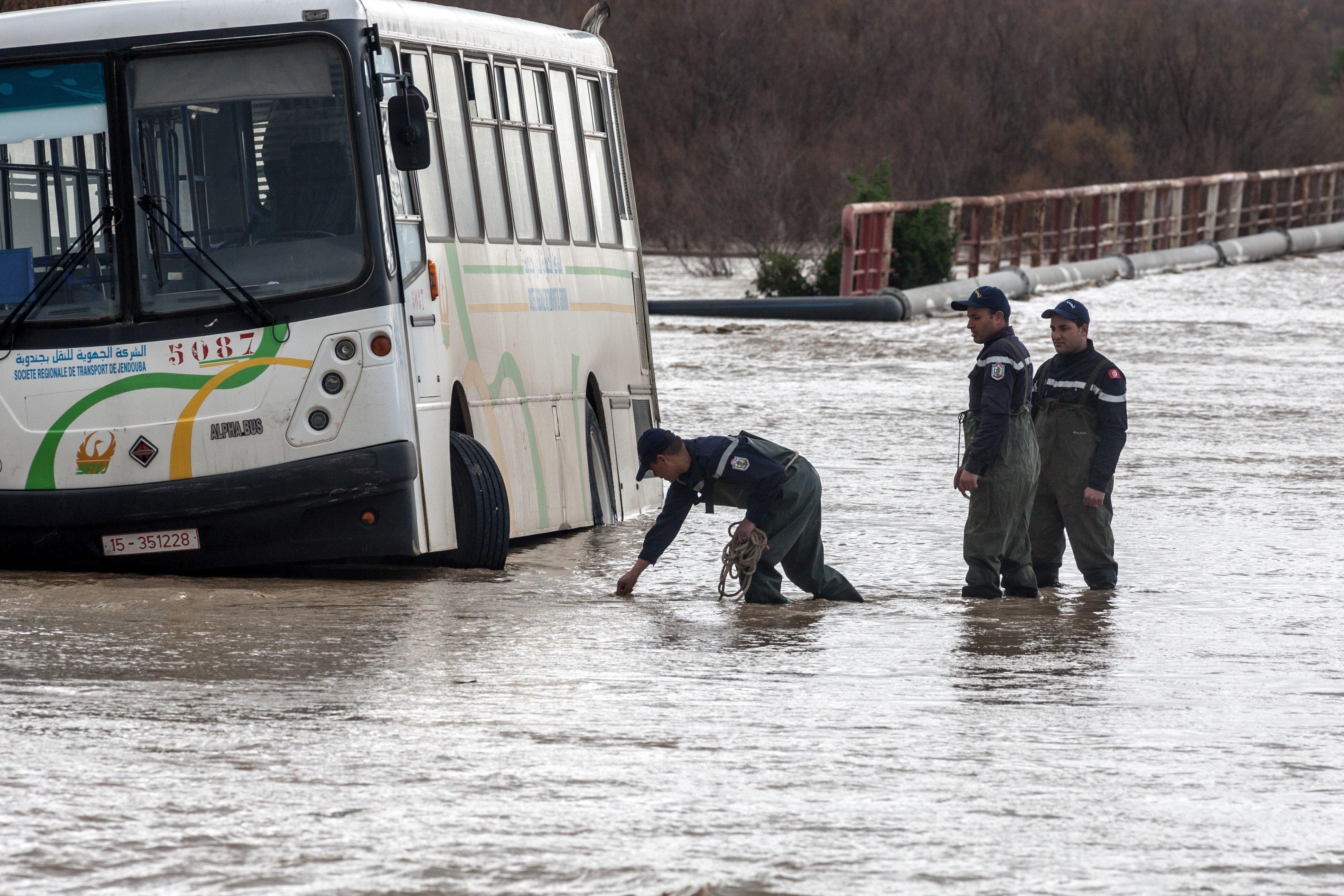 Jendouba : 61 maisons inondées, des dizaines d'habitants