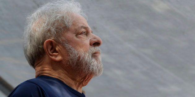 Lula é condenado a 12 anos e 11 meses em processo sobre sítio de