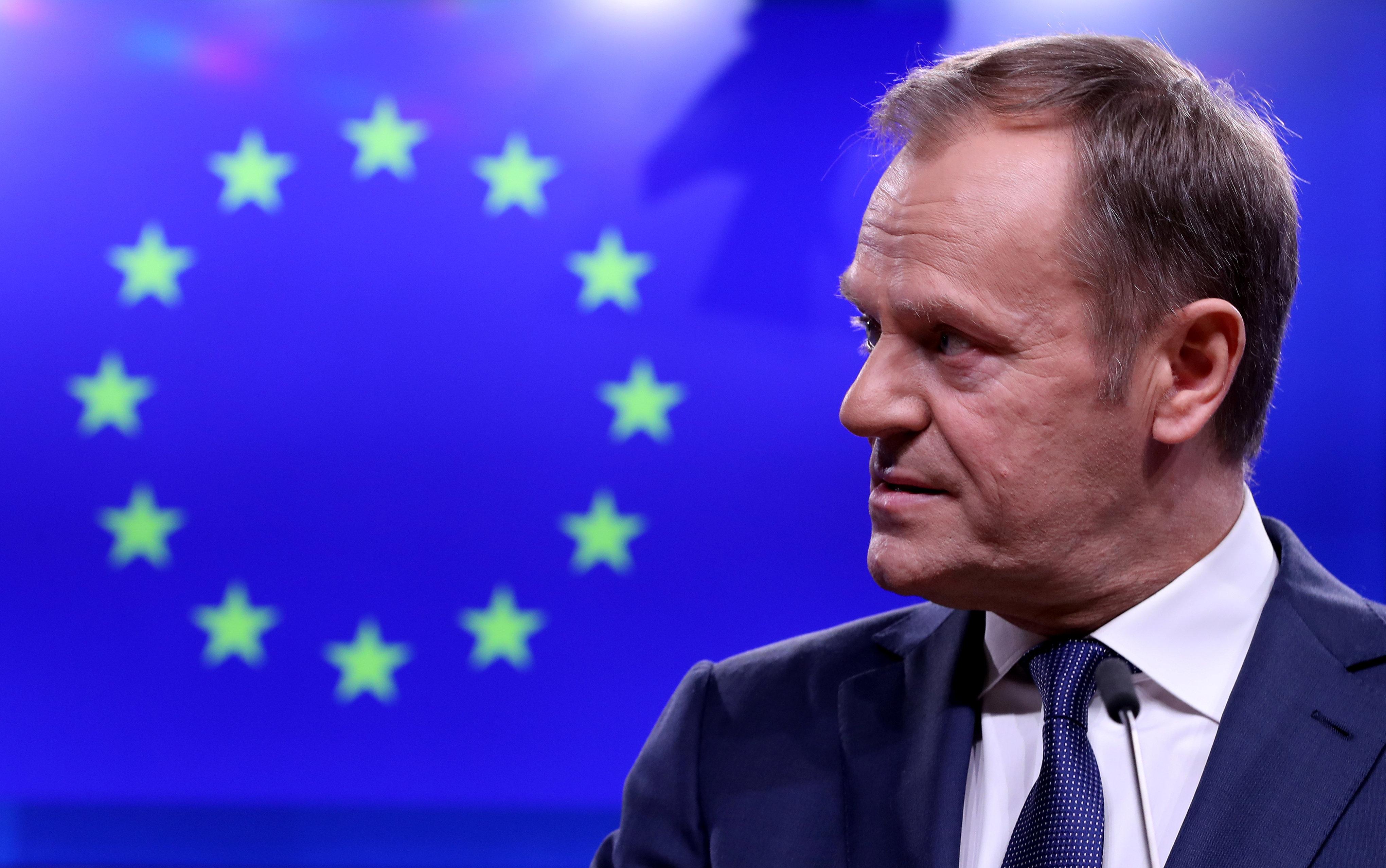 EU 투스크가 '지옥' 발언으로 영국 브렉시트 강경파를
