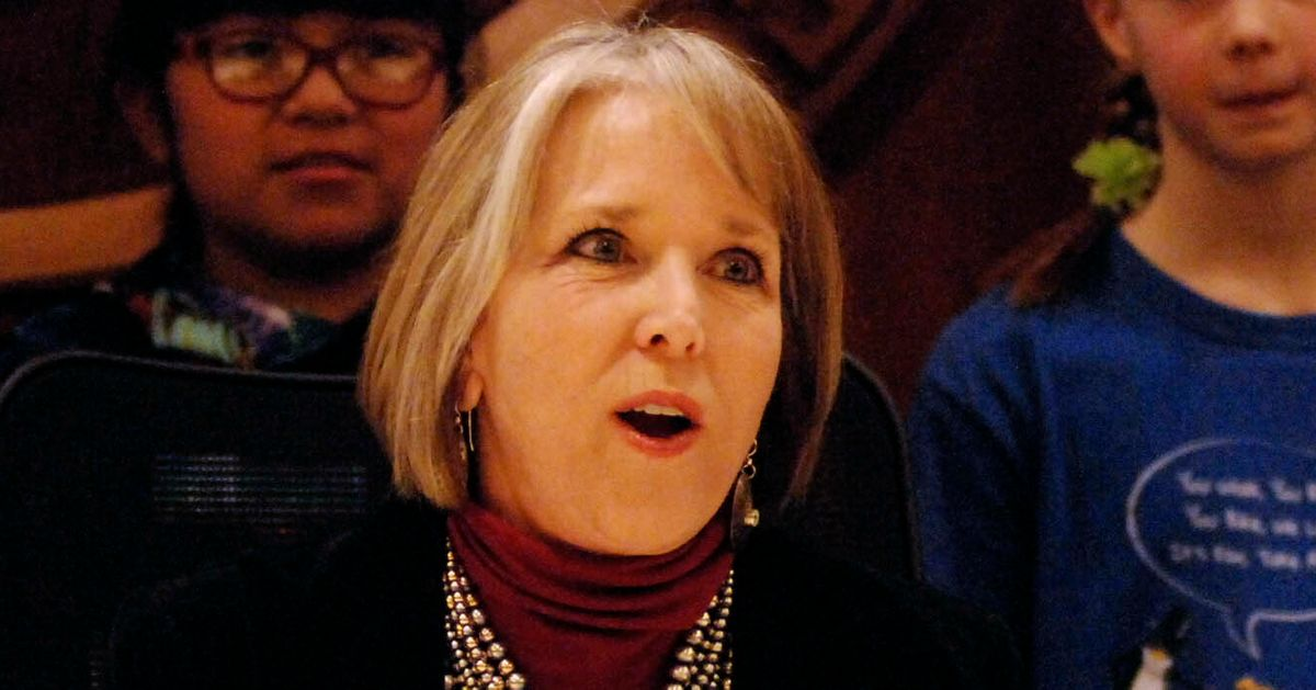 New Mexico Governor Pulls National Guard From Border, Rejects Trump's 'Fear-Mongering' thumbnail