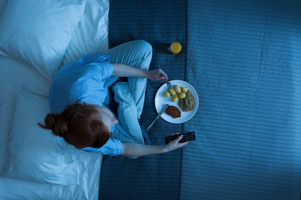 Allein einkaufen, allein kochen, allein essen: Der Single-Alltag mag vielen zwar entspannter, aber trist