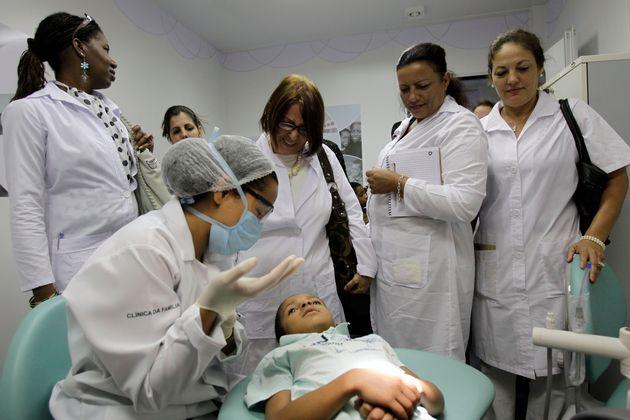 Governo estuda substituir Mais Médicos por novo