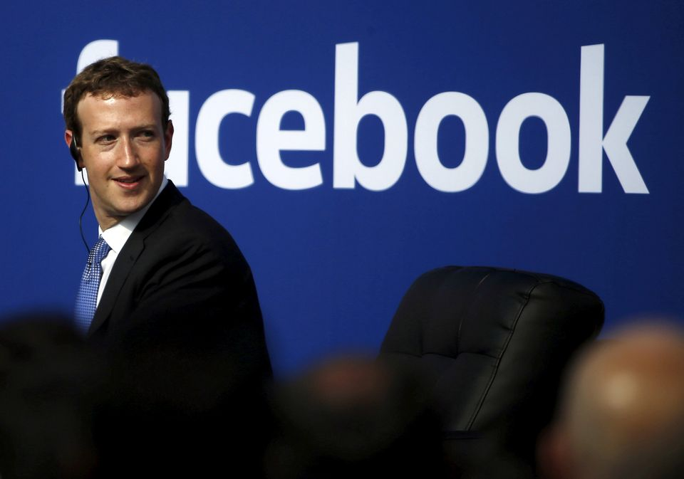 Mark Zuckerberg has so far refused to give evidence to a UK Commons committee over the Facebook-Cambridge...