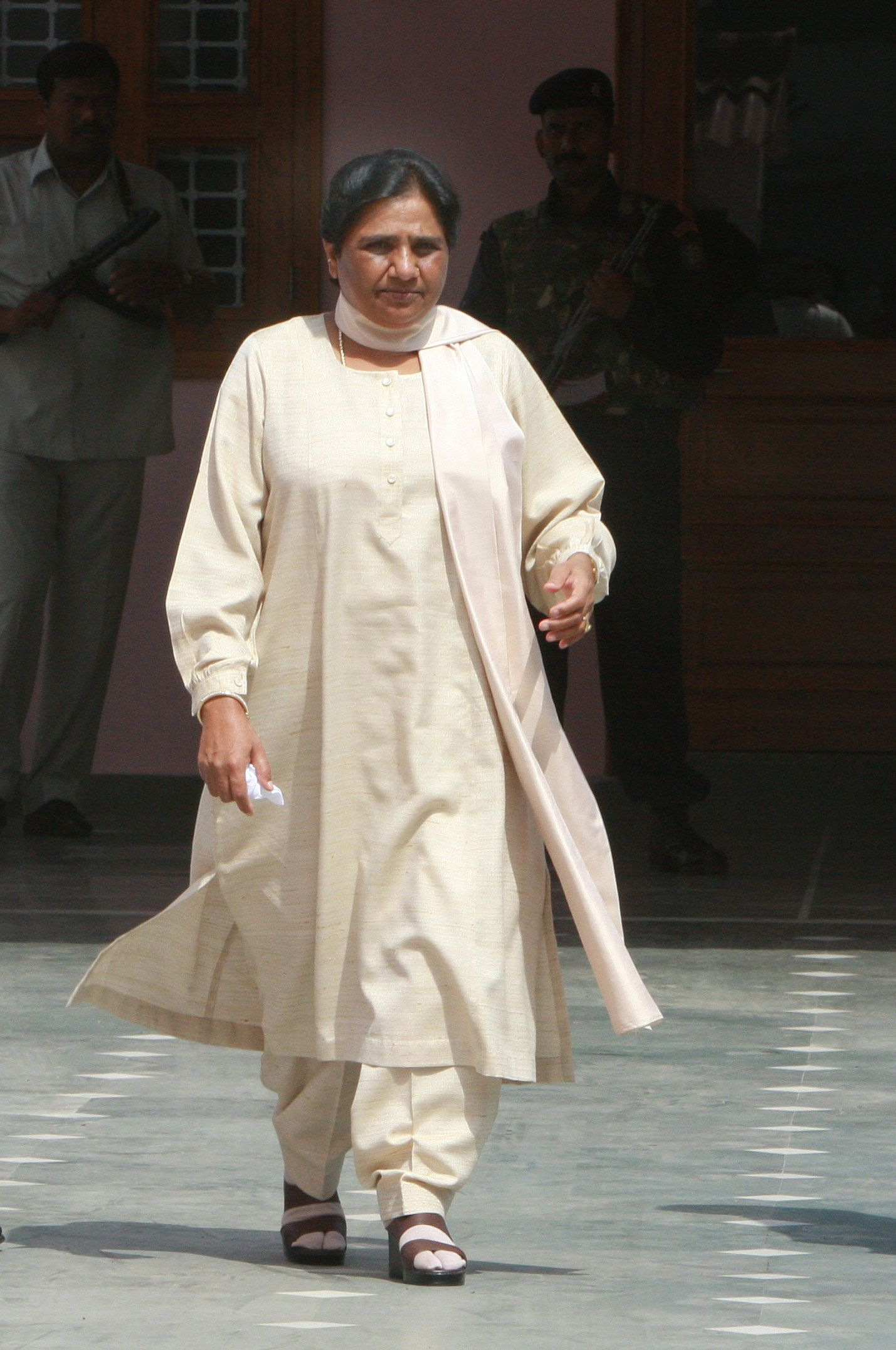 Mayawati Has To Deposit Public Money Spent On Her Statues, Says Supreme