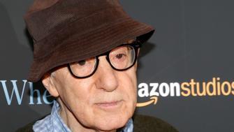 """Director Woody Allen arrives for a screening of the film """"Wonder Wheel"""" in New York, U.S., November 14, 2017.   REUTERS/Brendan McDermid"""