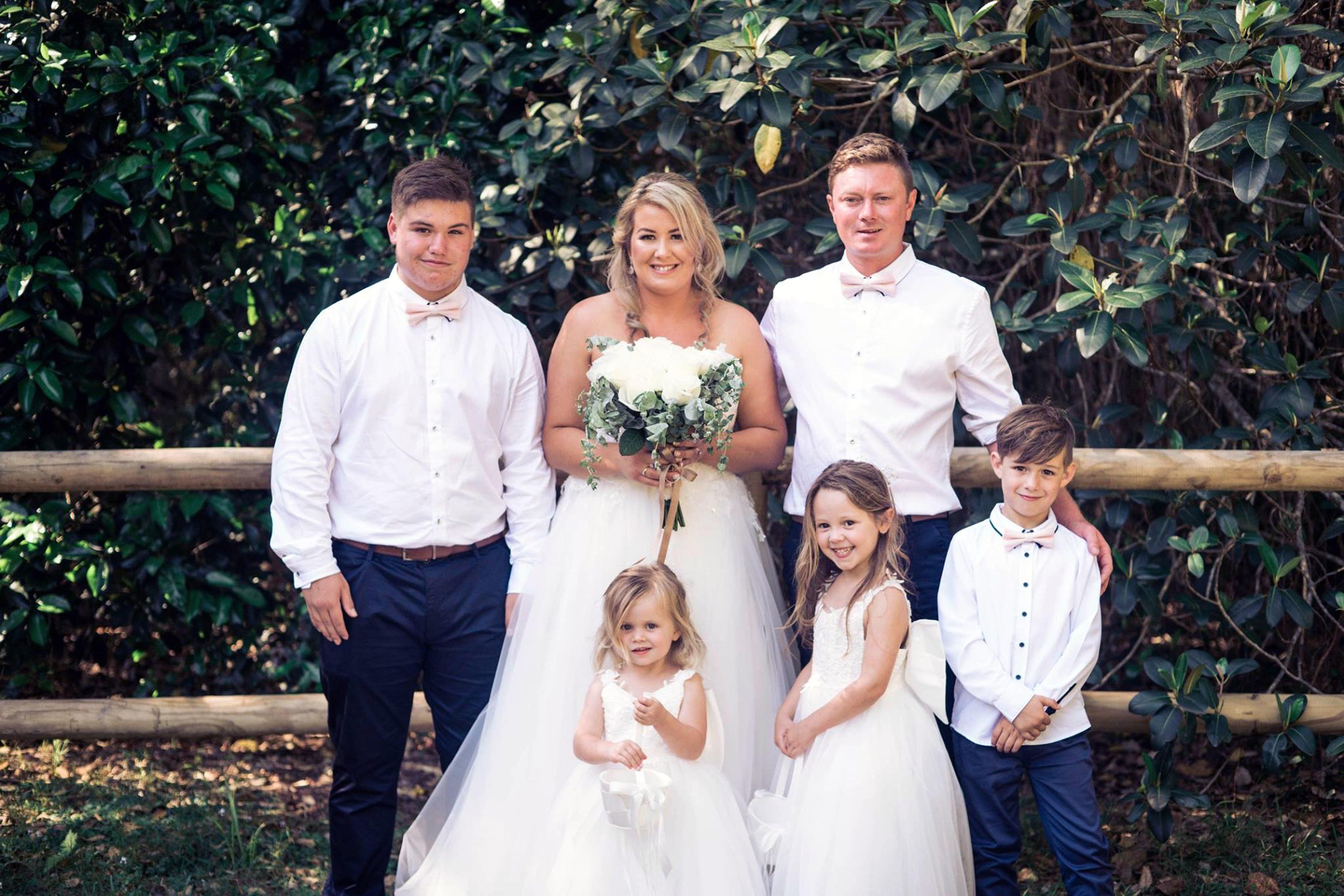 Cheeky 3-Year-Old Bridesmaid Flips The Bird In Mum's Wedding