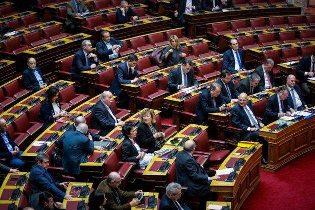 Βουλή: Συζήτηση για το πρωτόκολλο ένταξης της «Βόρειας Μακεδονίας» στο