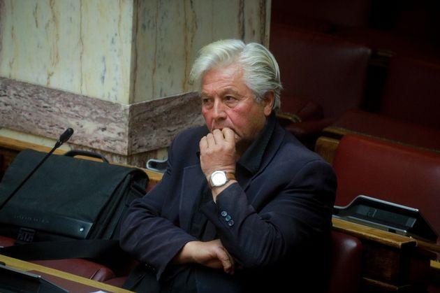 Παραιτήθηκε από βουλευτής ο Θανάσης