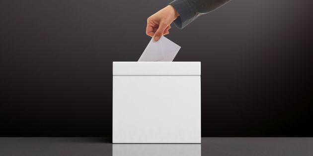 Τα είδη δημοψηφισμάτων και άλλα δικαιώματα, που στερούνται οι