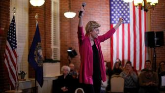 Potential 2020 U.S. Democratic presidential candidate and U.S. Senator Elizabeth Warren (D-MA) cheers during an Organizing Event in Claremont, New Hampshire, U.S., January 18, 2019.   REUTERS/Brian Snyder