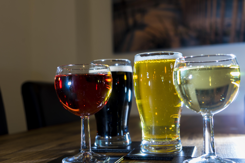 마시는 술의 순서는 숙취에 영향을 미칠까?