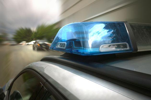 Die Polizei greift