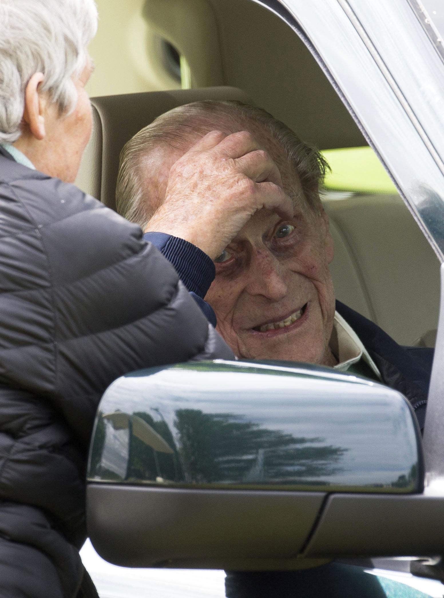 Ο 97χρονος πρίγκιπας Φίλιππος παρέδωσε εθελοντικά την άδεια