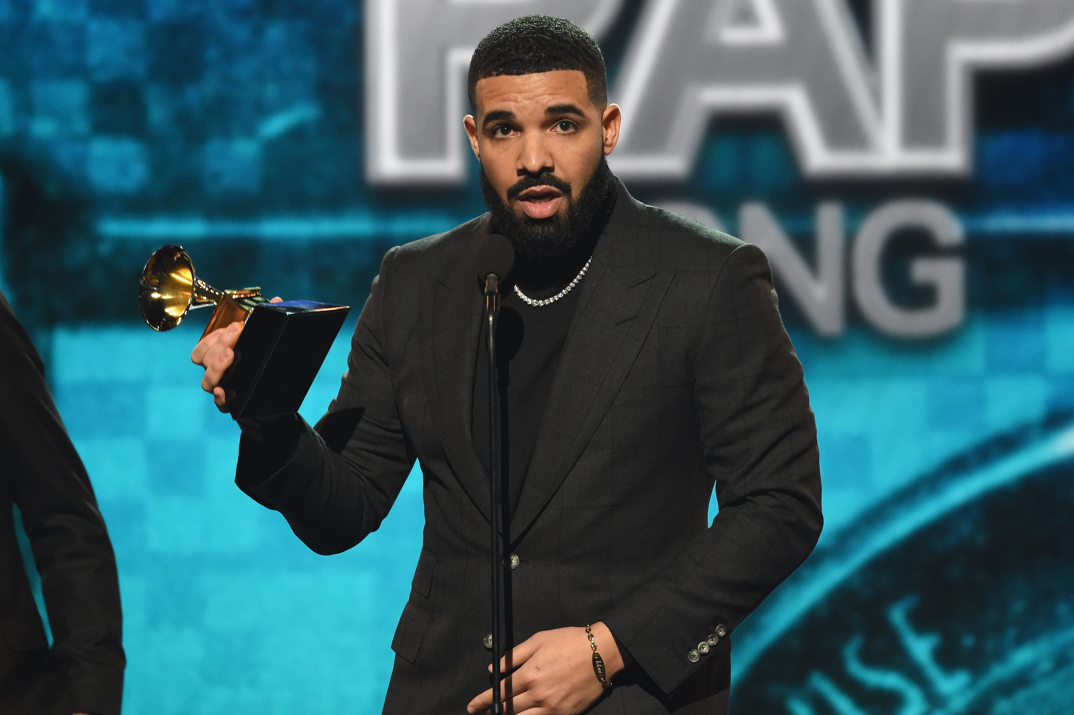 Drake Makes A Surprise Appearance At The Grammys Only To Get Cut Off