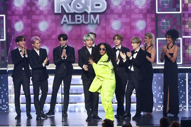 방탄소년단이 한국 가수 최초로 그래미 시상하며 약속한 한