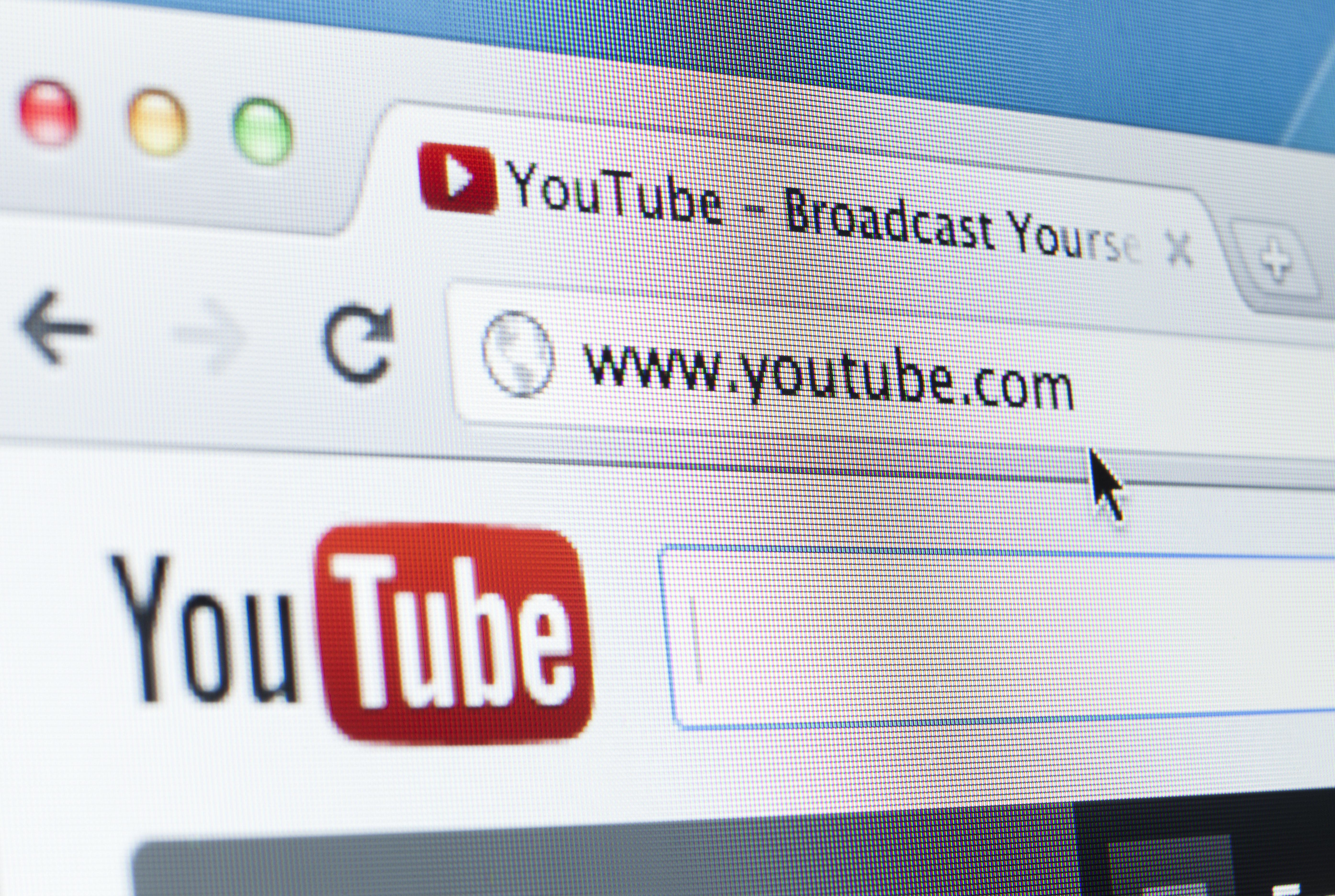 Man Praises YouTube's Crackdown On Conspiracy VideosHe Once