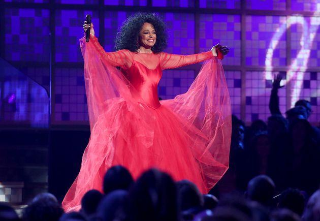 Grammys 2019: Οι ερμηνείες-έκπληξη επι σκηνής, τα γενέθλια της Νταϊάνα Ρος και οι